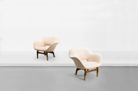 "Pair of armchairs , model ""Marski"""