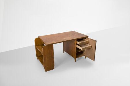 """Desk model """"KP70"""""""