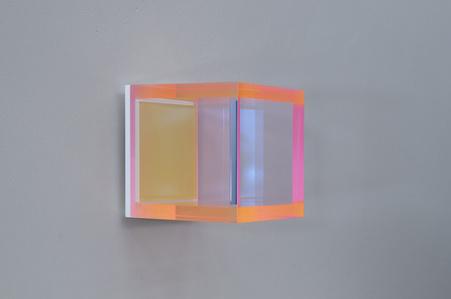 color soft transparent berlin