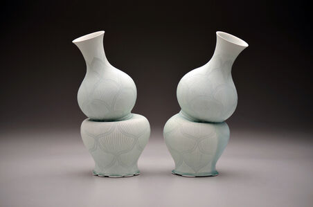Gourd Vases with Lotus Pattern