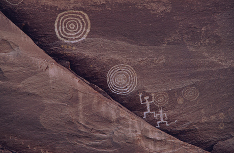 Petroglyphs and Pictographs, Canyon de Chelly, Arizona, USA
