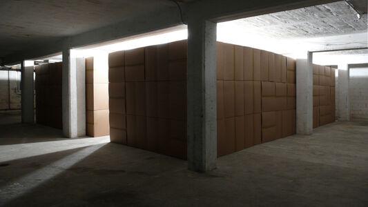111 prepared DC motors, cardboard boxes 60x60x60cm