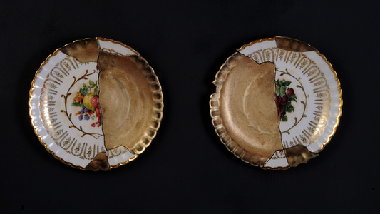 Fractured Fruit Plate Pair