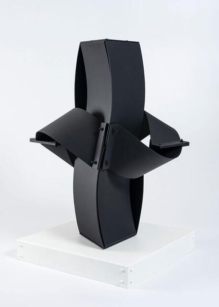 Edgar Negret, 'Deidad', 1988
