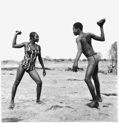 Malick Sidibé, 'Combat des amis avec pierres', 1976
