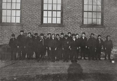 Lewis Wickes Hine, 'Child Laborers, Chace Cotton Mill, Burlington, Vermont', 1909