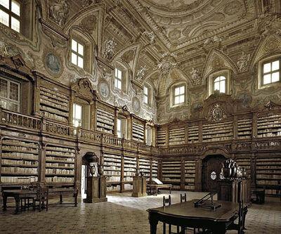Massimo Listri, 'Biblioteca dei Girolamini, Napoli', 2002