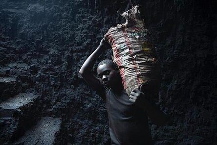 Mauro Pinto, 'Resiliência, From the series Black Money', 2019