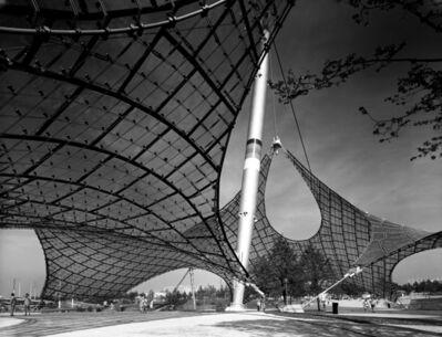 Sigrid Neubert, 'Günter Behnisch und Frei Otto: Dach- konstruktion des Olympiastadions', 1972