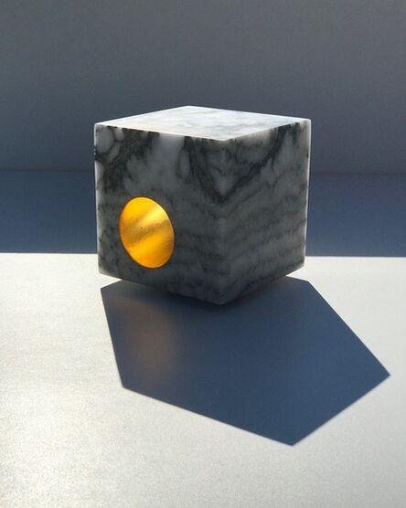 Maria-Carmen Perlingeiro, 'Cube en or', 2014