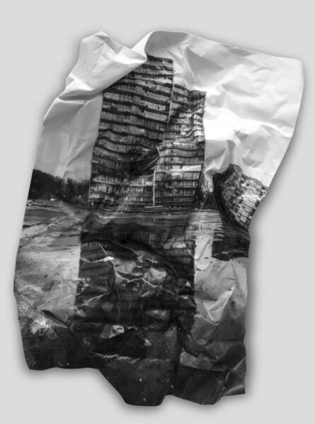 JR, '28 Millimètres, Portrait d'une génération, La Forestière, Réflexion # 2 sur porcelaine', 2015