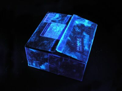 Laurie Tümer, 'Glowing Evidence: Box'