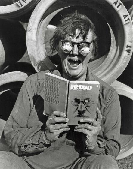 Jo Spence, 'Revisualisation: Remodelling Photohistory', 1981-1982