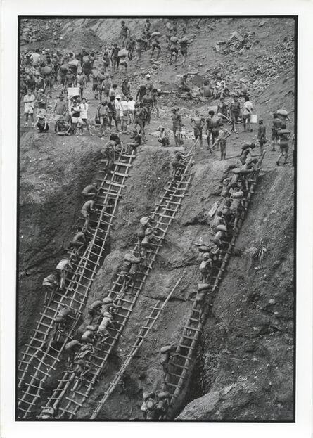 Juca Martins, 'Gold Mining at Serra Pelada, Pará, 1986', Vintage