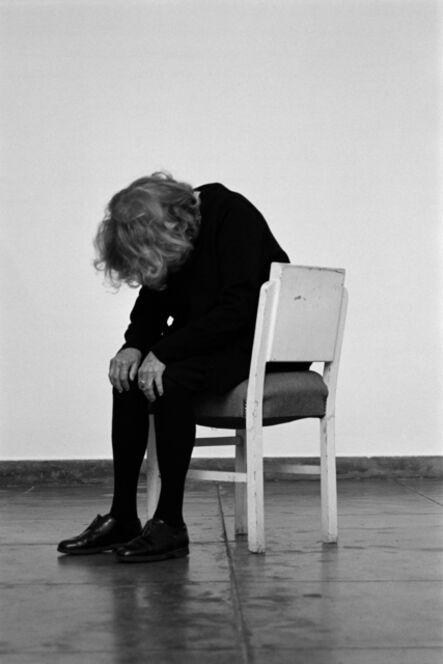 Helena Almeida, 'A cadeira branca | The white chair', 2013