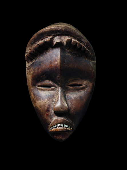 'Deangle, masque aux traits féminins (Deangle mask with feminine traits)', c. 1963