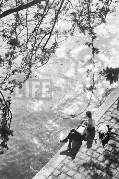 Alfred Eisenstaedt, 'Siesta on the Right Bank of the River Seine, Paris', 1964