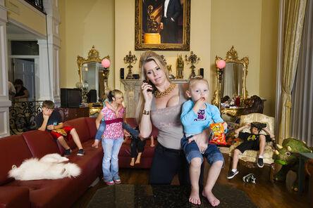 Lauren Greenfield, 'Jackie with some of her children in her living room, Windermere', 2009