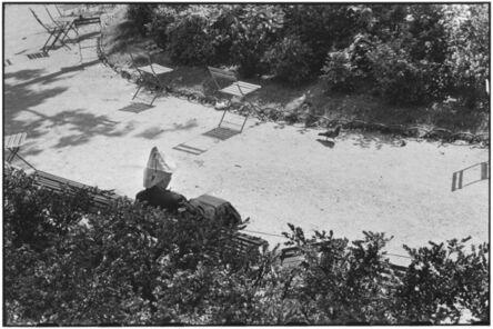 Elliott Erwitt, 'Jardin des Tuilleries, Paris', ca. 1951