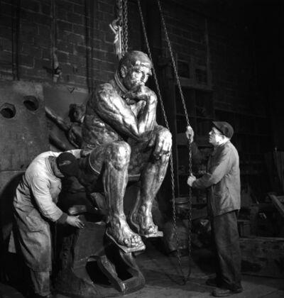 Robert Doisneau, 'Fonderie Rudier, 1950, penseur sorti de sa gangue (Foundry Rudier, 1950, released from its matrix thinker)', 1950