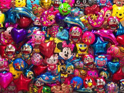 Liu Bolin, 'Ballons', 2012
