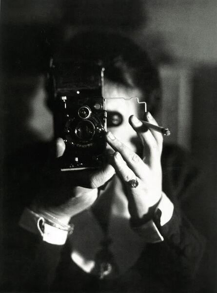 Germaine Krull, 'Autoportrait à l'Icarette (Self-portrait with Icarette)', ca. 1925