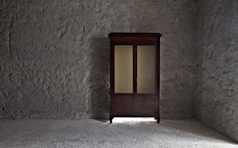 Gian Maria Tosatti, '4_Ritorno a casa - archeologia (armadio)', 2015