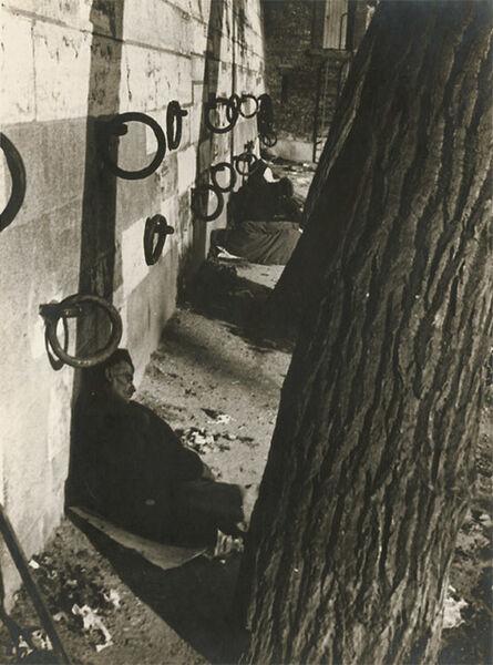 André Kertész, 'Les Quai de la Seine, Clochards, Paris', 1927/1927