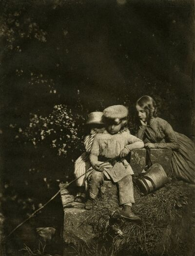 Hill & Adamson, 'At the Minnow Pool [Arthur, John Hope, and Sophia Finlay]', 1843–1847-printed early 1900s