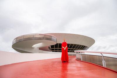 Élle de Bernardini, 'The Empress at MAC (Niterói).', 2018