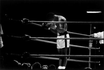 Thomas Hoepker, 'World heavyweight champion Muhammad Ali prays to Allah before the first round of a title fight, London', 1966