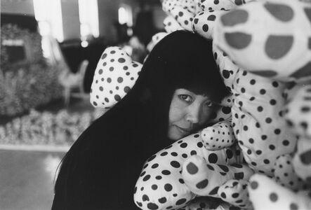 Eikoh Hosoe, '紐約十四街,草間工作室 New York 14th Street, Kusama Studio', 1964