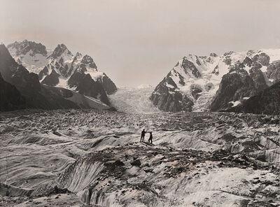 Vittorio Sella, 'Parte superiore del ghiacciaio Karagom dalla piattaforma del ghiacciaio Karagom', 1890s