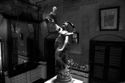 Prabir Purkayastha, ''Venus', Raj Bari staircase lamp, Calcutta', 2011