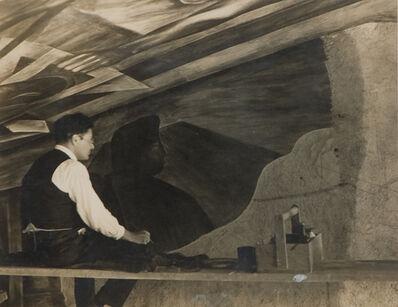 Tina Modotti, 'Orozco en la Secretaria de Educación ', 1929