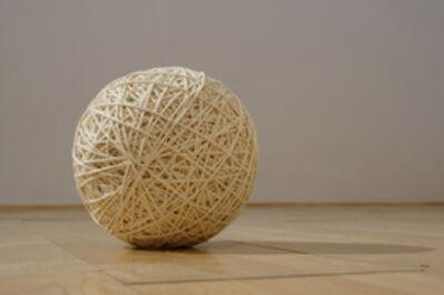 Wilfredo Prieto, 'Round trip (Ariadna's thread)', 2012