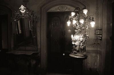 Prabir Purkayastha, ''The Drawing Room Lamp', Colonial mansion grandeur, Calcutta', 2011