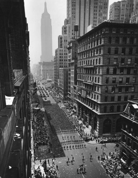 Andreas Feininger, 'Columns of U.S. Soldiers Marching in Independence Day Parade up Fifth Avenue, New York', 1942