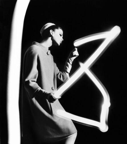 William Klein, 'Dorothy + Light Newspaper, Pairs', 1962