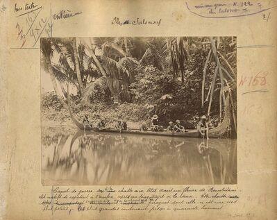 'Canot de guerre à la chasse aux têtes dans un fleuve de Bambitani (War canoe heading to hunt at Bambitani river)'