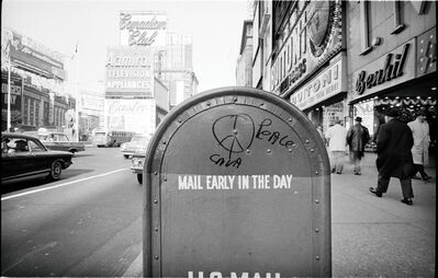 Jim Marshall, 'Mail Early In The Day, New York', 1962