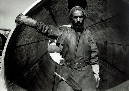 David Seymour, 'vintage print/Yemenite welder and Pipeline, Israel/vintage print', 1954