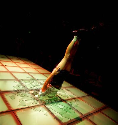Li Wei 李日韦, 'Li Wei Falls to the Red Square', 2002