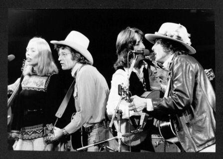 Bob Gruen, 'Rolling Thunder Revue - (L-R) Joni Mitchell, Ramblin' Jack Elliot, Joan Baez & Bob Dylan Rolling Thunder Revue, New Haven, CT', ca. 1975