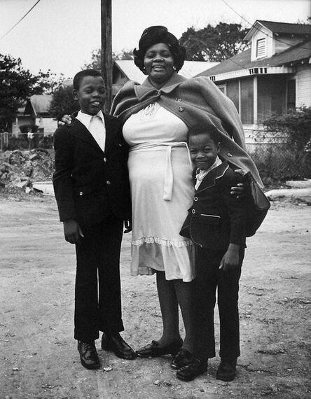 Earlie Hudnall, Jr., 'Mother with Sons', 1973