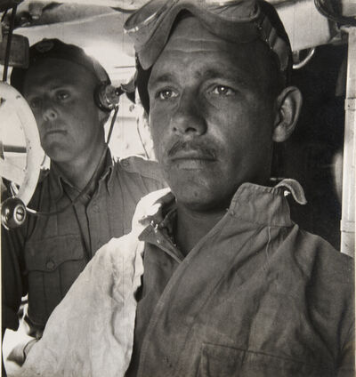 Cecil Beaton, 'EIGHTH ARMY TANK CREW BEFORE THE BATTLE OF EL ALAMEIN, EGYPT', 1941