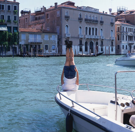 Li Wei 李日韦, 'Li Wei Falls to Venezia', 2005