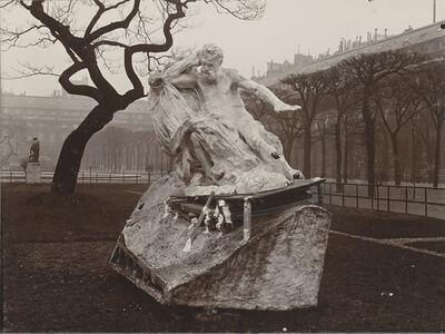 F. Bianchi, 'Essai d'installation du Monument à Victor Hugo dans les jardins du Palais-Royal (Trial installation for the Monument to Victor Hugo in the Palais-Royal gardens)', 1909