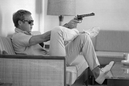 John Dominis, 'Steve McQueen Aims a Pistol in his Living Room, CA', 1963