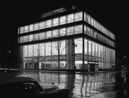 Ezra Stoller, 'Manufacturer's Trust Company, Fifth Avenue, Skidmore, Owings & Merrill, New York, NY', 1954
